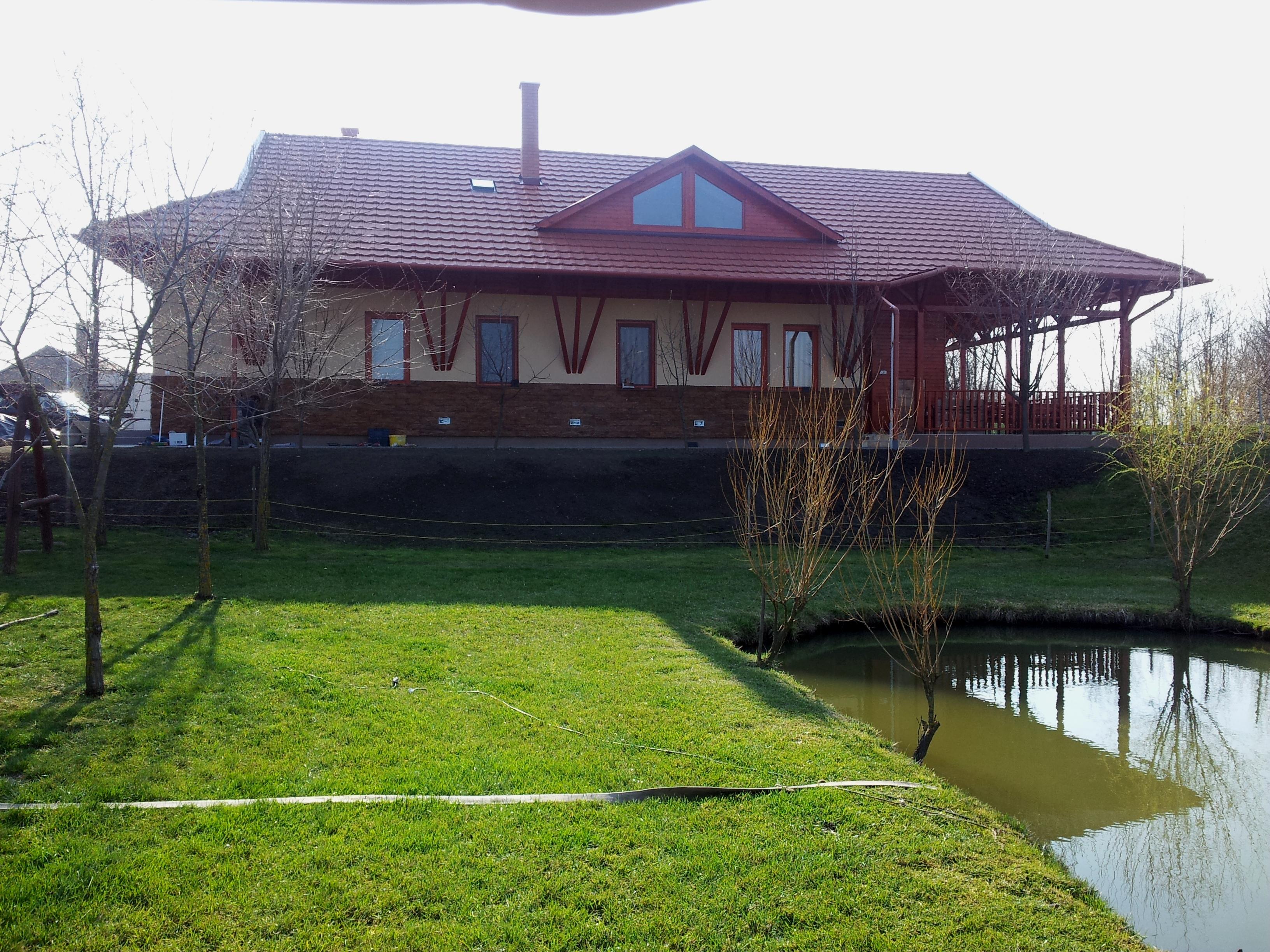 mikolik tó